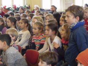 Gemeinsames Basteln mit den Eltern und Großeltern in der Adventszeit 10
