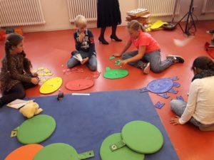 Klasse 3a zur interkulturellen Woche in der Kinder-und Jugendbibliothek 2