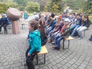 Lerngruppe Wasser zum Herbstfest auf der EGA 16