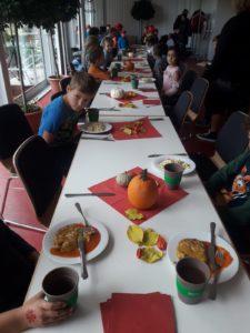 Lerngruppe Wasser zum Herbstfest auf der EGA